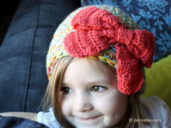 Multi-Strand Big Bow Hat