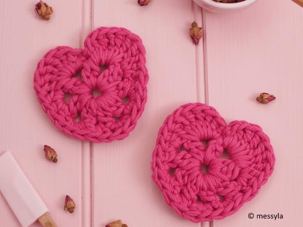 Messyla Crochet Heart
