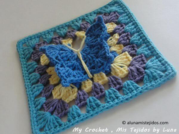 Granny square with a Butterfly