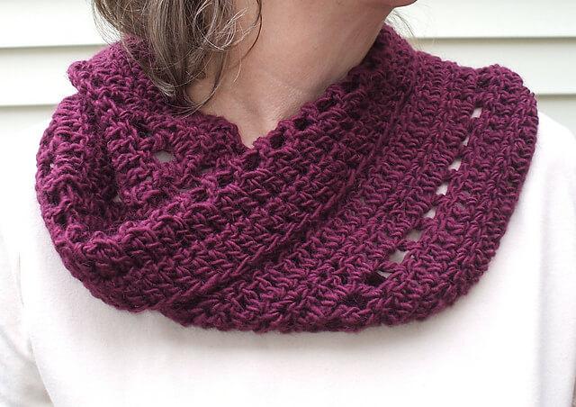 Chi-Town Crochet Cowl