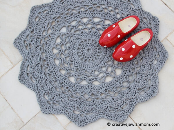 Crocheted Doily Rug Pattern