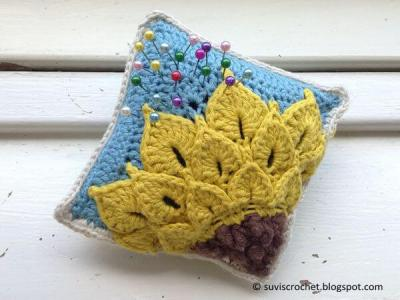 Quarter Sunflower Pincushion