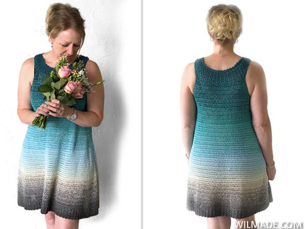 SIMPLE COLLAR DRESS