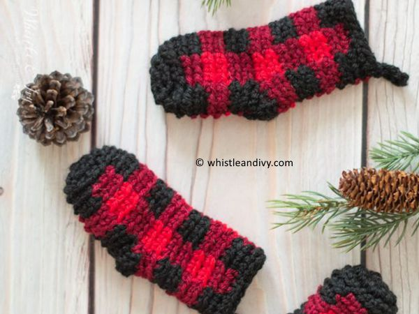 Crochet Plaid Mini Stockings