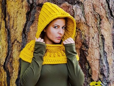 The Harmony Hooded Cowl