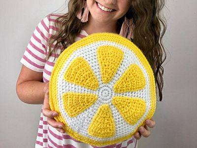 crochet Crafty Lemon Pillow free pattern