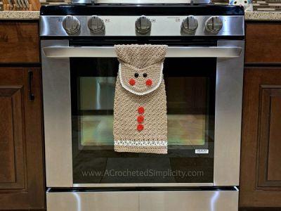 crochet Gingerbread Man Kitchen Towel free pattern