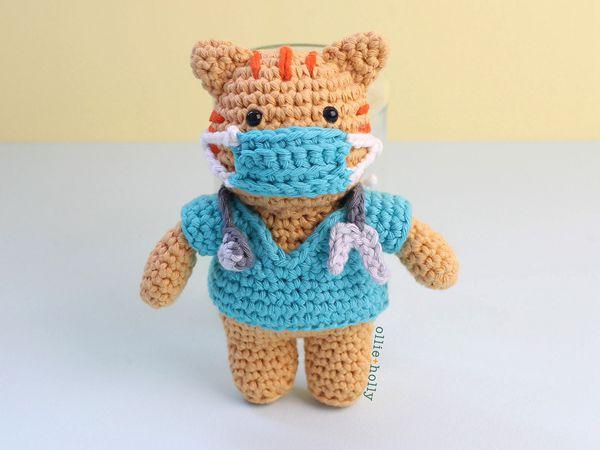 crochet Nurse Cat Amigurumi free pattern