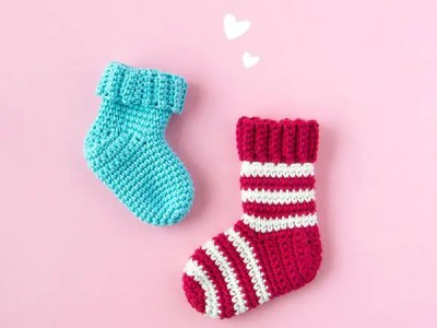 crochet Tiny Christmas stocking free pattern