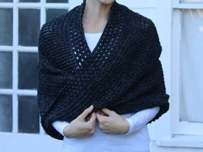 crochet Live Your Magic Mobius Shawl free pattern