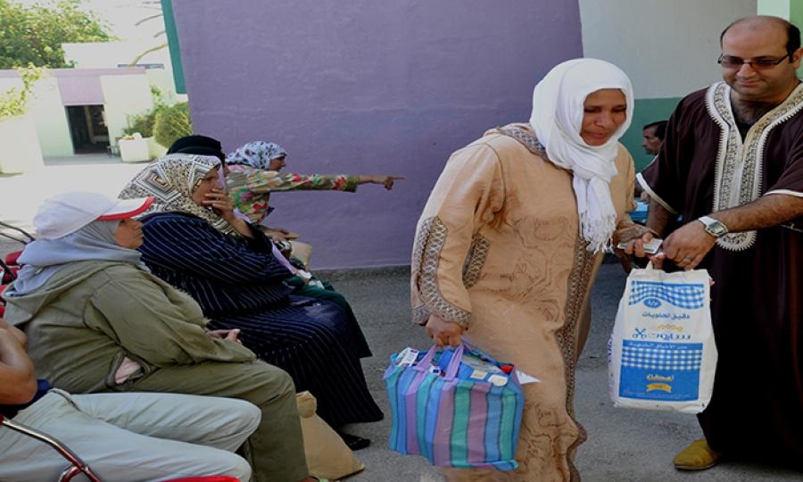 """""""تأنيث الفقر"""" تسبب بتهميش ملايين النساء اقتصاديا واجتماعيا"""