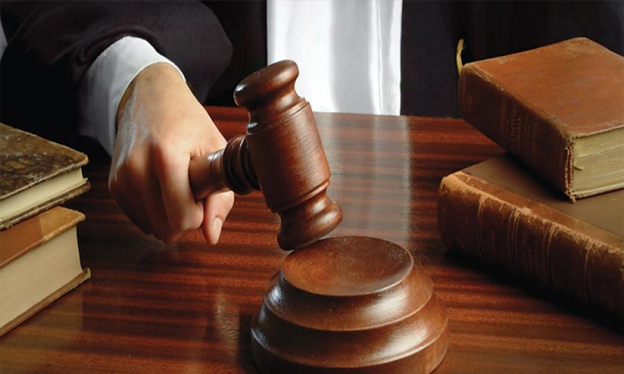 إيقاف قرار المحكمة الجعفرية بحبس ريتا شبلي بانتظار البت بحضانة طِفليْها
