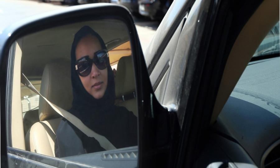 معركة جديدة لقيادة المرأة السعودية السيارة فهل تنتصر؟