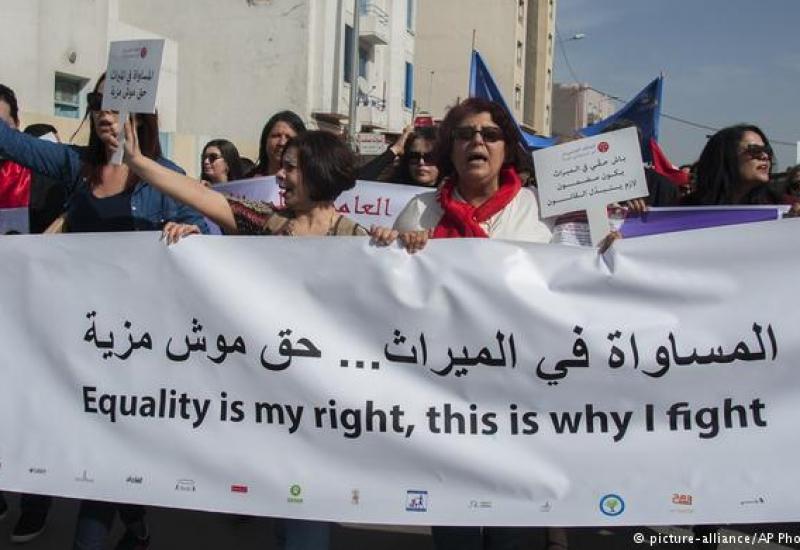 ناشطة تونسية: المرأة حصلت على المساواة في القوانين فقط