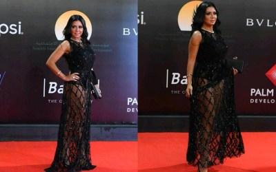 """""""الهجوم على رانيا يوسف يسيء للمرأة المصرية، وليس فستانها""""!"""