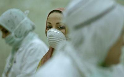 الممرضات والوصم المجتمعي في ظلّ غياب السياسات الحمائية في مصر