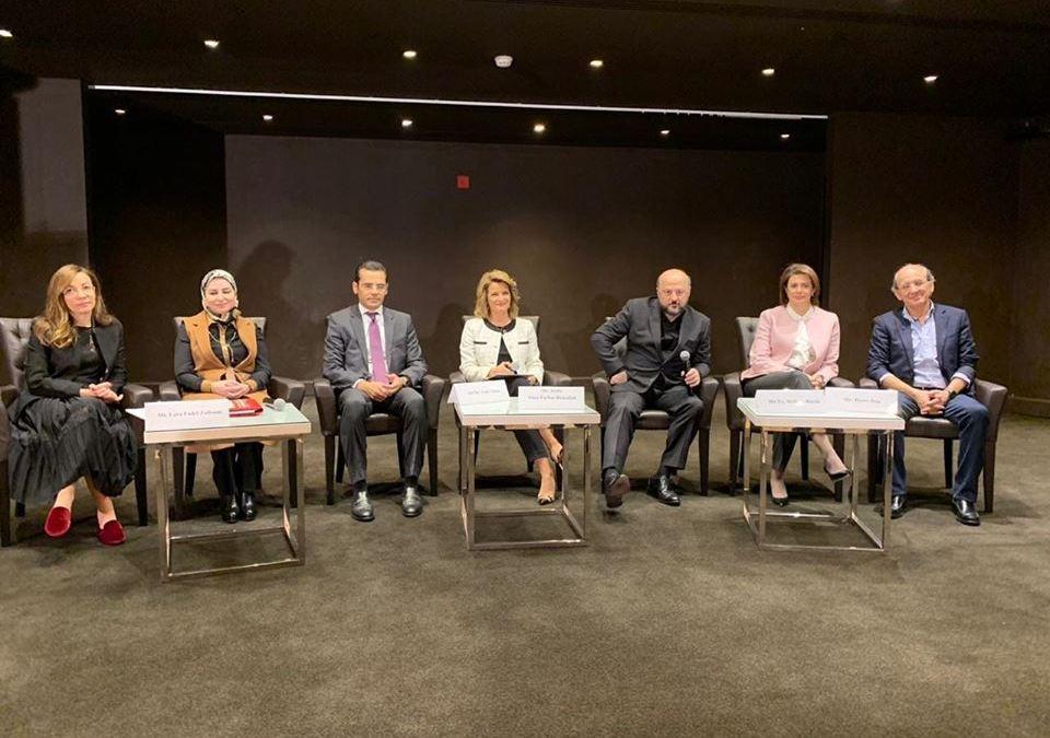 مؤتمر نساء رائدات: رياشي يصف الكوتا بالمهينة وعيسى يعظ النساء ويطلق تعميمات مهينة بحقّهن