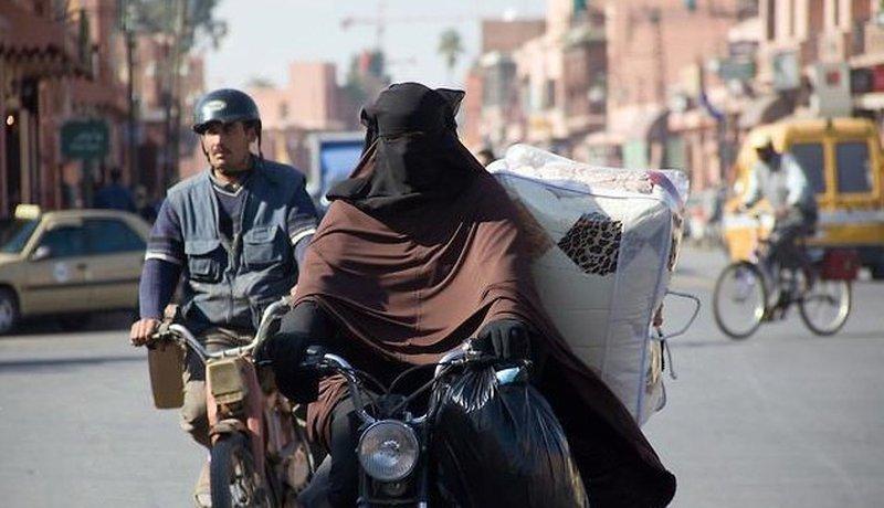 النساء في غزة يكسرن الصمت… نعم تعرضنا للتحرش الجنسي