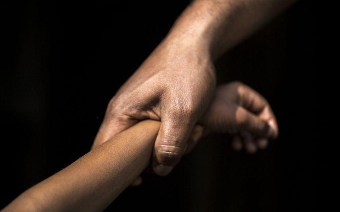 القبض على والد يغتصب ابنته منذ عامين في عاليه