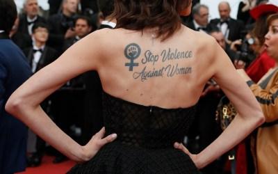 """""""أوقفوا العنف ضد المرأة"""" في مهرجان كان السينمائي"""