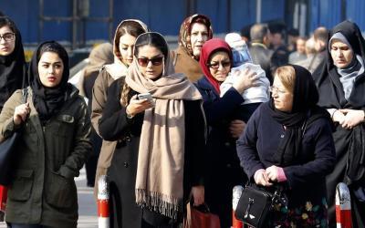 ثورة الإيرانيات على الحجاب مستمرة رغم حملات الاعتقال بحقهنّ