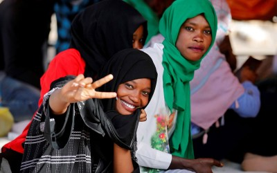 انتهى زمن جلد النساء بسبب زيهنّ في السودان!