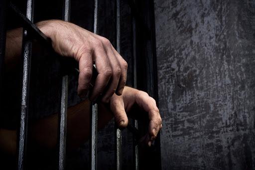 توقيف أب تعرّض لأطفاله الأربعة بالضرب والتعنيف والتحرش الجنسي في برجا