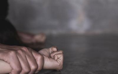 جريمة بشعة في طرطوس… أب يغتصب ابنته القاصر ويجعلها حامل!