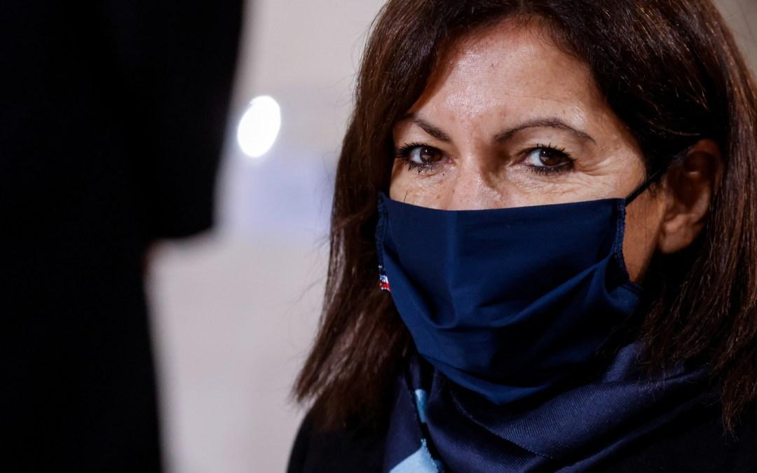 الحكومة الفرنسية تُغَرِّم رئيسة بلدية باريس لتوظيفها نساء!