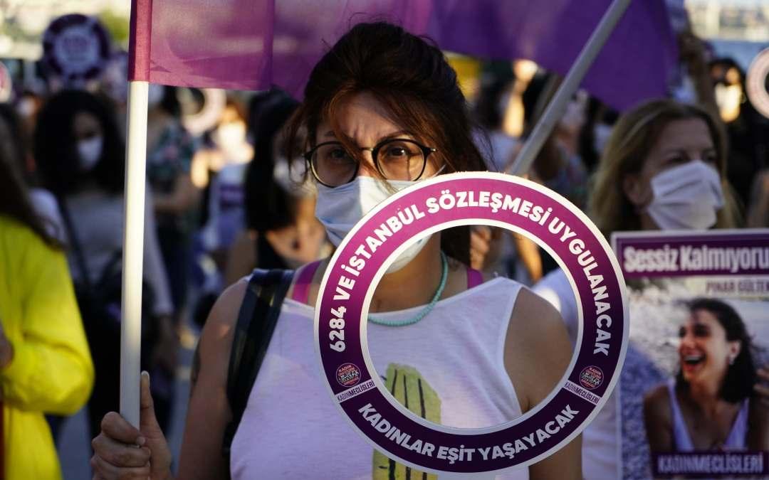 ثلاث نساء في تركيا يقتلنّ يومياً!