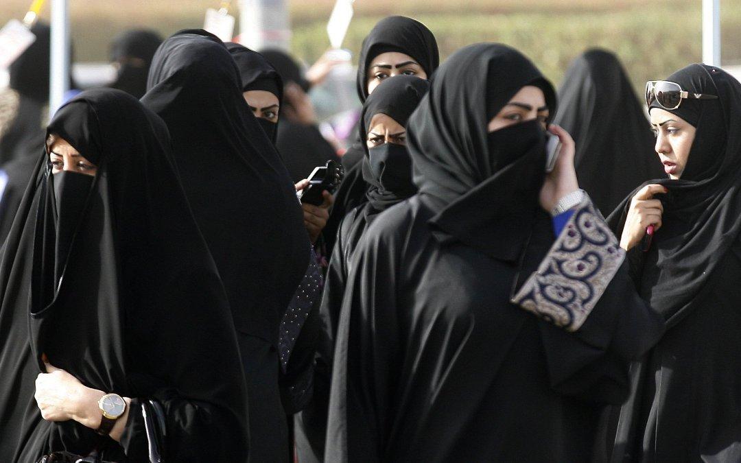 إعطاء المرأة حقوقاً أكبر في برامج الرعاية السكنية في الكويت