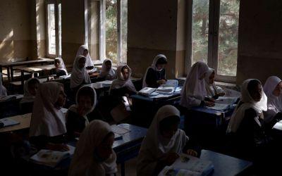 طالبان: تعليم الفتيات بشروط