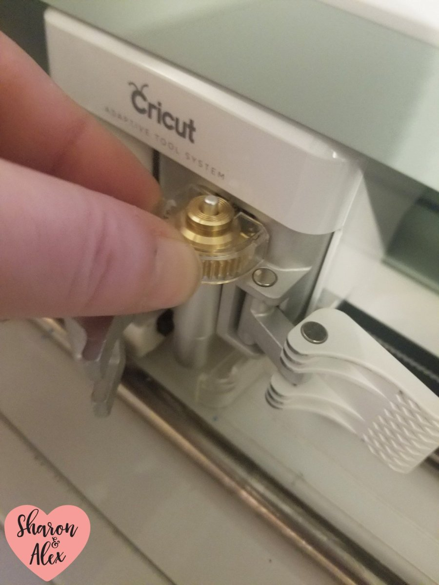 Load Cricut Engraving Tip into Maker