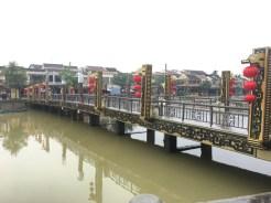 Lantern bridge