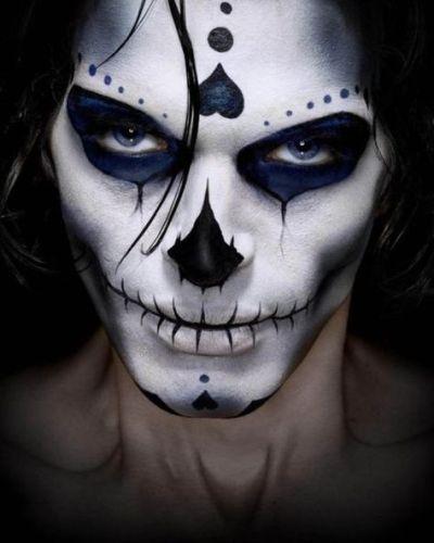 male skull look