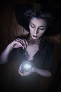 the sorceress - crystal ball 2