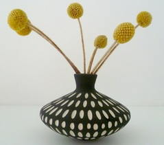 Sharon Muir black and white saucer vase
