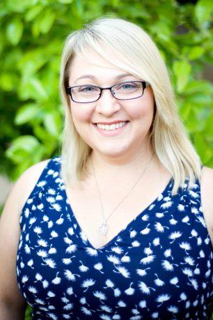 Arianna James - Author Photo