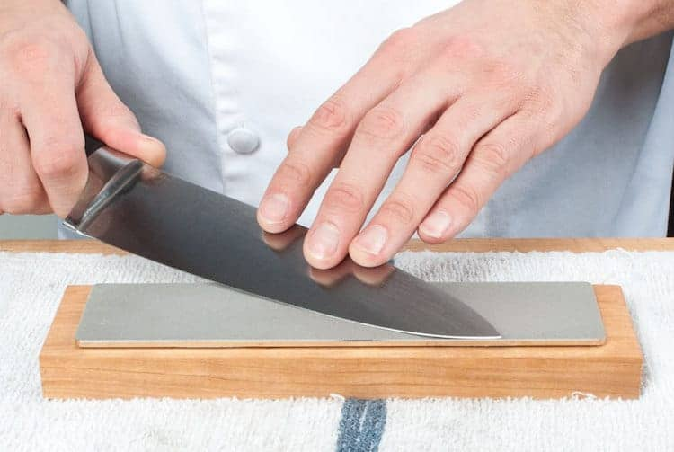 how to use a diamond sharpening stone