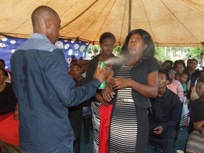 lethebo-rabalago-spraying-insecticide