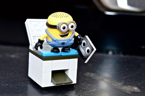 minion photocopying himself