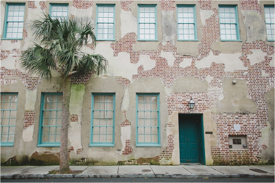 ShawPhotographyCoCharleston_Wedding_photographers_Engagement_Session_Queen_Street_0011