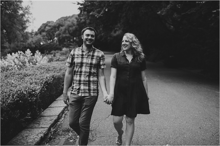 NYC-ENGAGEMENT-SESSSION-NWOOD-FT-TRYON-CLOISTERS_0005