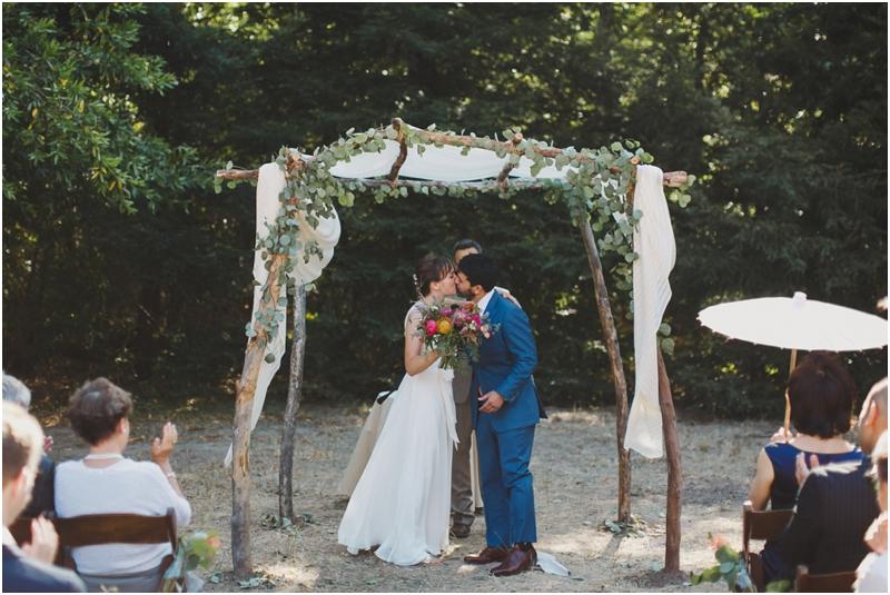 santa-barbara-wedding-california-photographers-arroyo-hondo-preserve-weddings_0026