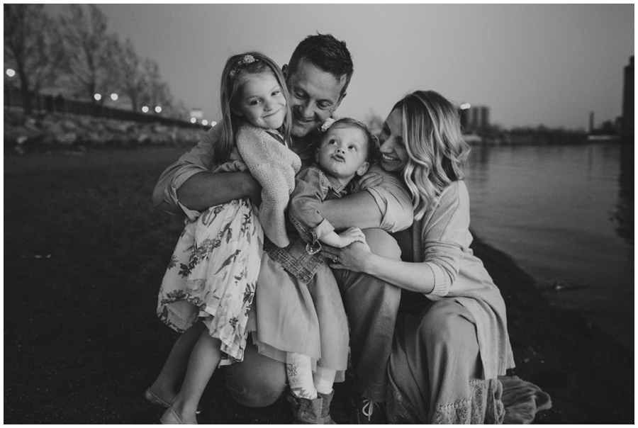 family photographer buffalo ny waterfront gallagher pier
