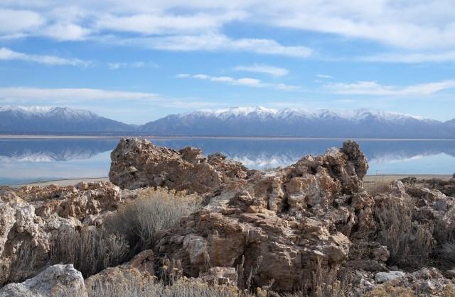 Great Salt Lake Utah Antelope Island water