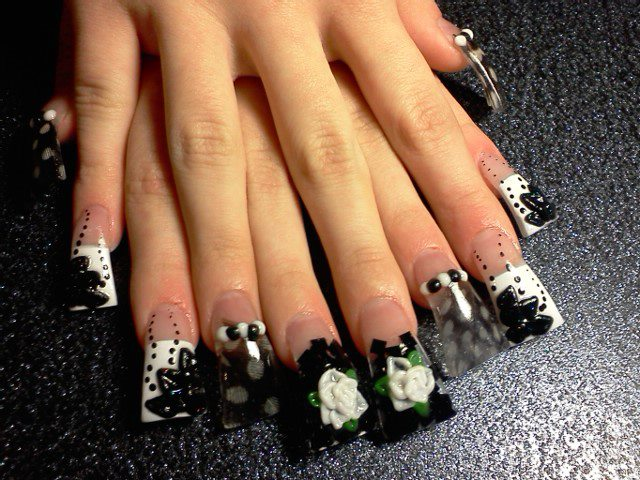 Using Techno Color Acrylic Powder In White And Neon Black To Give Only Certain Nai Tips A French Manicure Effect Airbrush Paint Was On