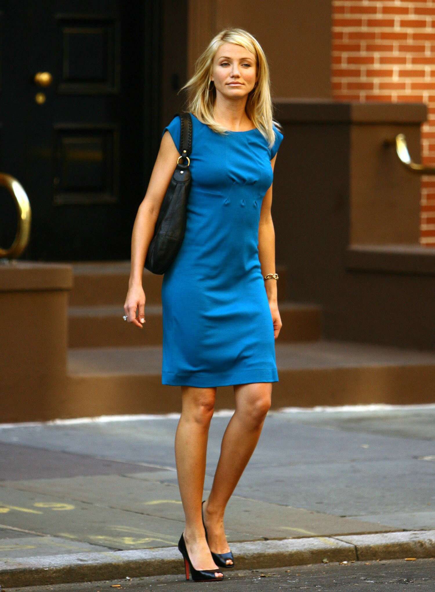 Cameron Diaz Height In Blue Dress