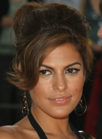 Eva Mendes Hairstyles For 2010 11 Get The Look For
