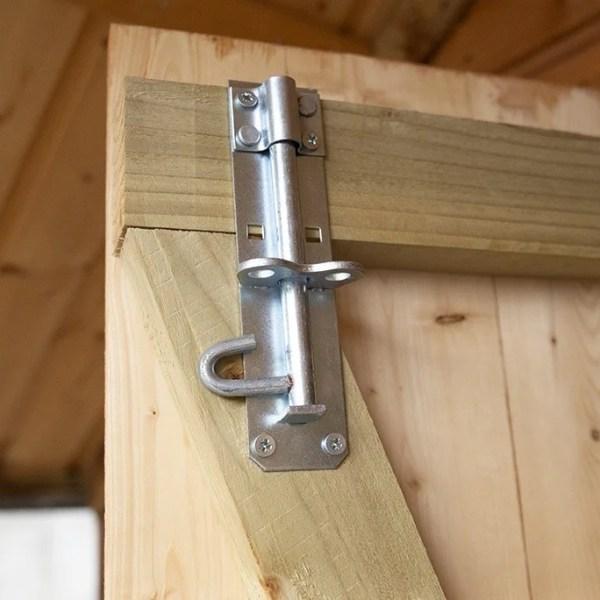 Chalet internal lock